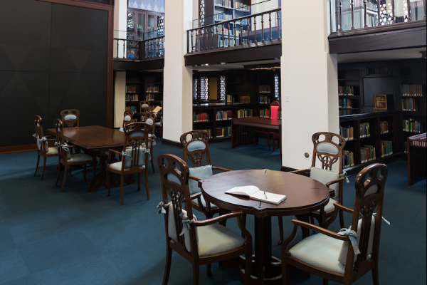 The main reading room of the Judaica Suite